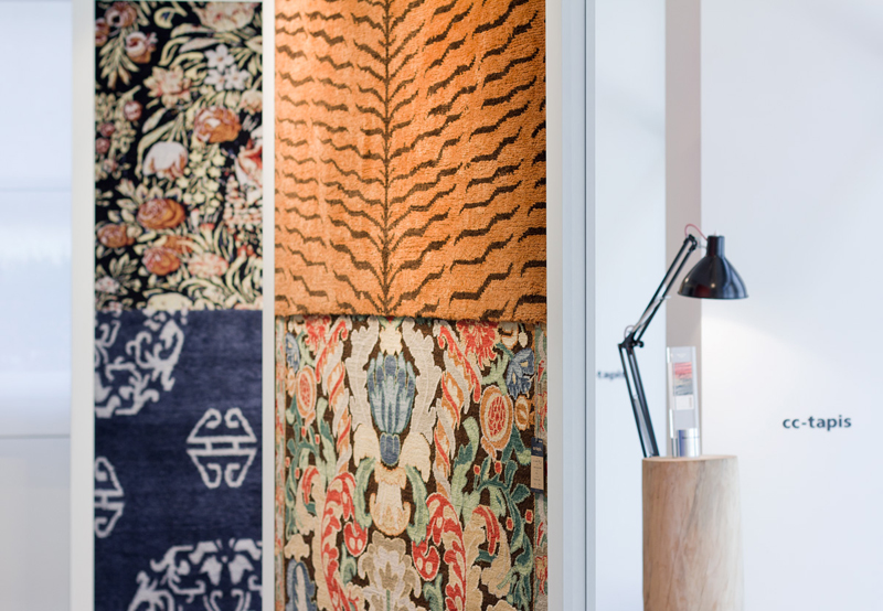 ctrlzak - Cross(me)knot, collection of three carpets that reflects European and Tibetan traditional values recomposing them in contemporary forms, designed by CTRLZAK and produced by cc-tapis